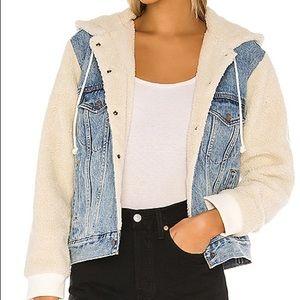Ex-boyfriend Sherpa sleeve trucker jacket